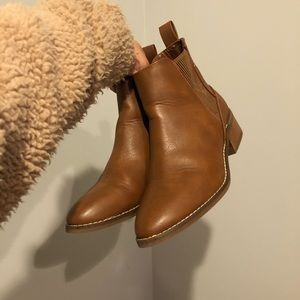 American Eagle Outfitter Boots Size 7